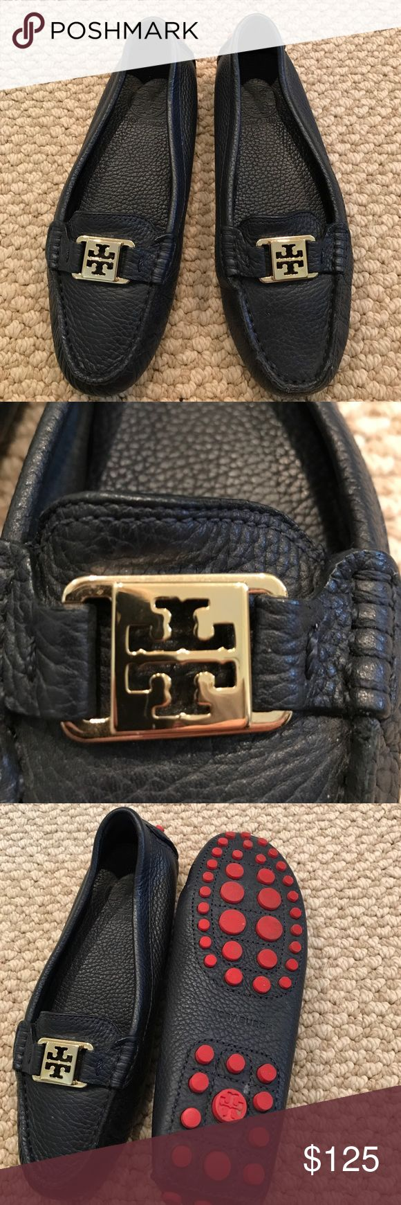 Tory Burch Kendrick Driving Loafer size 6 Tory Burch Kendrick Driving Loafer. Navy size 6, worn once. Beautiful tumbled leather, red rubber soles. Excellent condition, barely any signs of wear Tory Burch Shoes Flats & Loafers