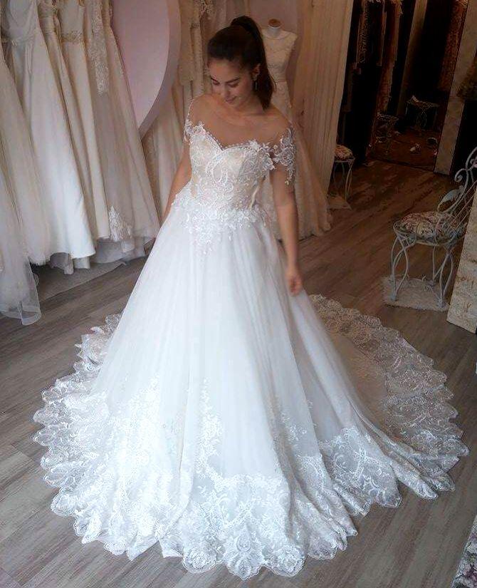 #luxurydress #brasov #luxury #bride #happybride #womaninlove #margo #margoconcept #beautifulbride #bridetobe #bride2016 #weddingdress #customdress #custommadedress #custommadewithlove #bespokedesign #bespokedress #bridaldetails #bridalwear #bridalcuture #highcraftmanship #mireasa #embroidery #handmade #pricessbride #princess #precious #beautifulwoman