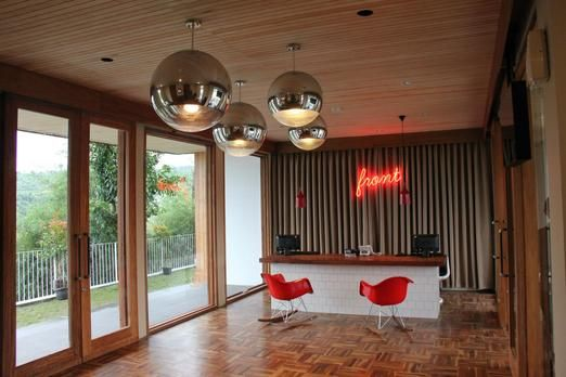 Reception area at the Stevie 6 Hotel Bandung. Photo courtesy of Stevie 6 Hotel.