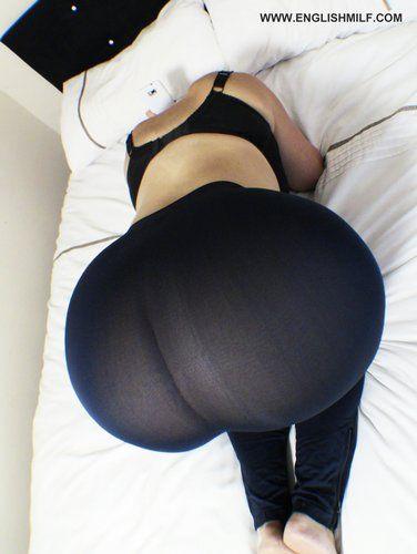 bubble butt spanishwoman nude