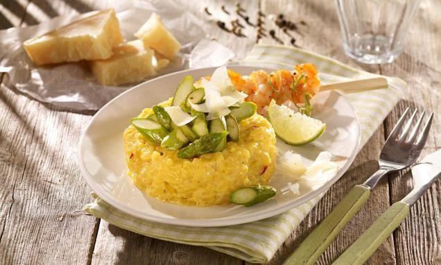 Safran-Risotto mit Spargel                              -                                  Cremiger Reis mit Safran und kurz gebratenem Spargel