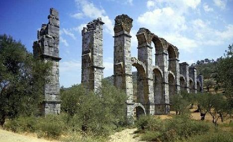 Lesvos: Roman Aqueduct, Mytilini