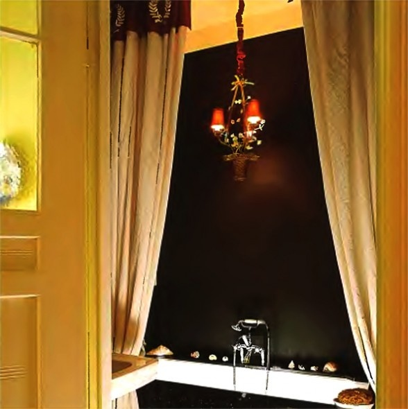 17 best images about bathrooms ideas on pinterest for Gothic bathroom ideas