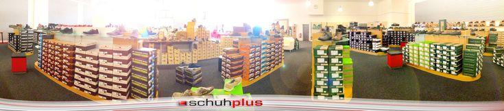 Schuhe in Übergrößen bei schuhplus - Fachgeschäft für große Damenschuhe und große Herrenschuhe - Mehr unter www.schuhplus.com
