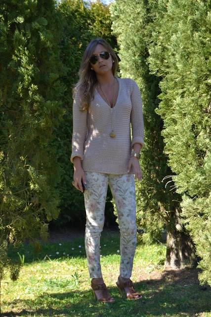 Iria: Flower jeans