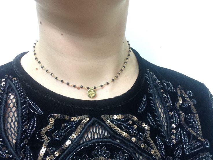 """1. Naszyjnik """"Różaniec """"czarny spinel na srebrnym łańcuszku (próba 925) pozłacane 24k złotem z zawieszką (Rosary necklace)"""