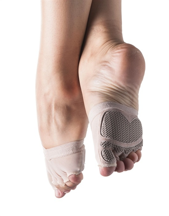 Bloch 672 Tactiq Half Sock. Foot Thongs, Lyrical & Contemporary Shoes. Pilates toe & ball half-sock with individual toe spaces giving secure and comfortable grip when using pilates equipment. Also suitable for yoga giving greater stability in poses. Power mesh breathable upper. Silicon rubber elastic holds pilates sock in place. Suede with unique rubber tread outsole allows maximum grip. Price from £18.95 at www.dancinginthestreet.com