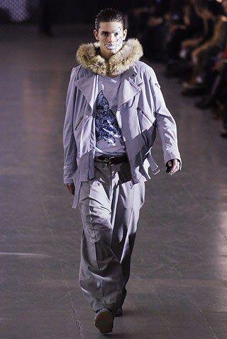 Alexander McQueen Fall 2005 Menswear Collection Photos - Vogue