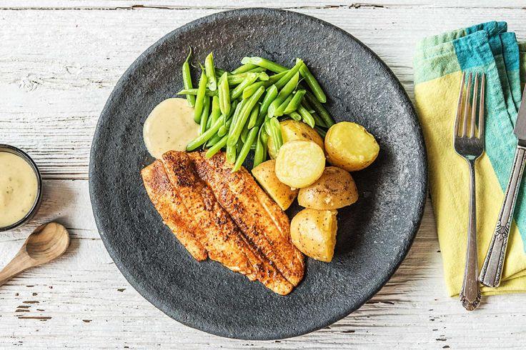 Gekruide scholfilet met boontjes, aardappelen en ravigottesaus