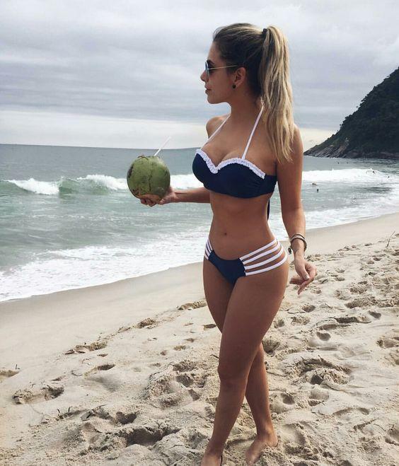 60 Sommer Bikinis Ideas Beach Outfits und Badeanzüge für Frauen   – Bikini