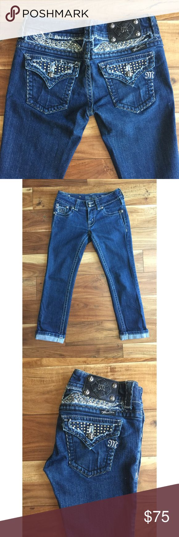 Miss Me Capri/ Crops New. No damage. No missing rivets or buttons. Miss Me brand capris crops. Angel wing pocket detail. Double button front. Low rise. Buckle exclusive design. Miss Me Jeans Ankle & Cropped