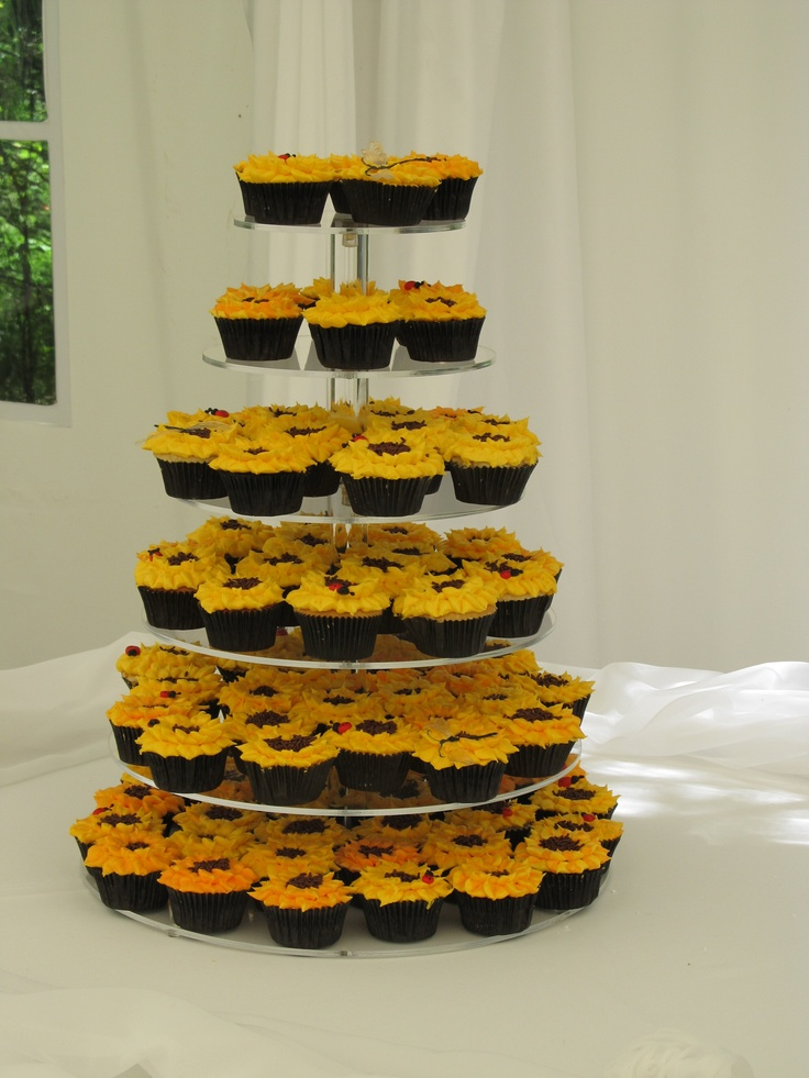 Wedding Sunflower Cupcakes Bc Sunflowers With Fondant Lady Bugs