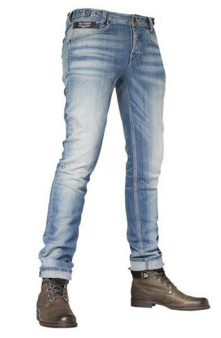PME Legend 5-pocket jeans, model Comfort Denim Skyhawk, met een slim fit. Leuke  jeans voor mannen. Shop deze jeans @  http://www.nummerzestien.eu/pme-legend-slim-jeans-comfort-denim-skyhawk_17782.html