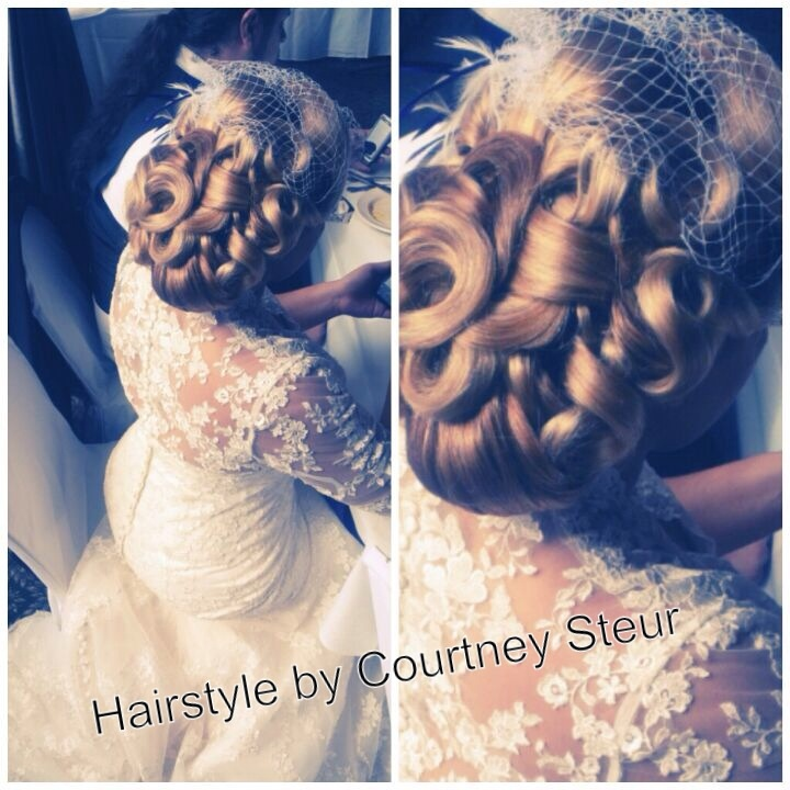 Vintage style wedding hair. 1940's {OMG i love it all! the hair, the vail, the dress!! must have it}