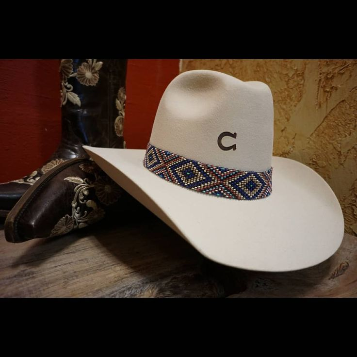 Ladies hat by Charlie 1 Horse. This hat is gorgeous!   Sombrero para dama de marca Charlie 1 Horse.     #INDOMABLEWESTERNWEAR #western #country #boots #cowboys #cowboyboots #cowgirlboots #rodeo #hlsr #houstonrodeo #rodeohouston #cinch #cinchjeans #wrangler #cowgirl #countrygirl #houston #texas #lucchese #tonylama #stetson #corral #botas #vaquero #nortenas #ootd #cactusropes #texans #rockrevival #hooey