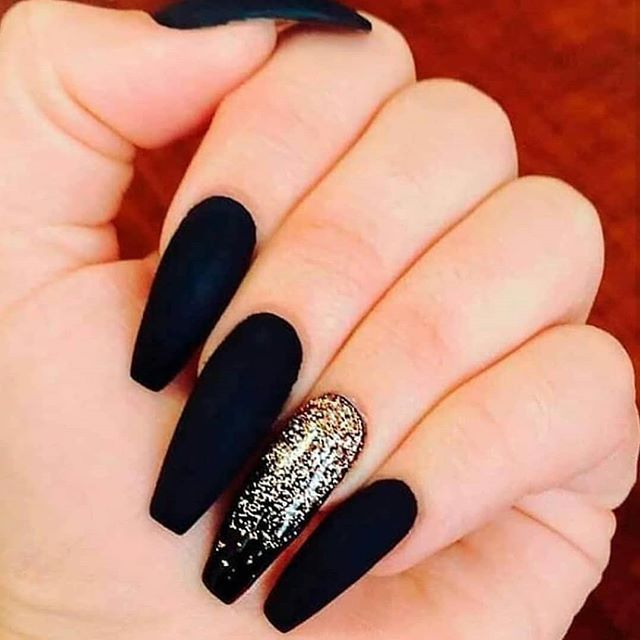 Nailsonfleek Hashtag On Instagram Photos And Videos Gold Nails Coffin Nails Designs Black Gold Nails
