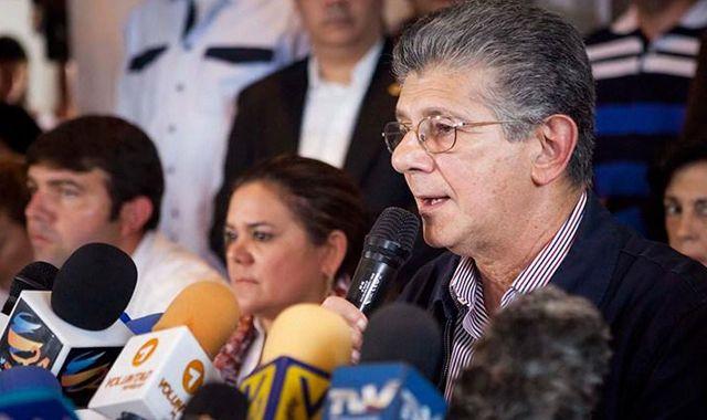 Ramos Allup: El CNE tiene que anunciar este martes la fecha de recolección del 20%