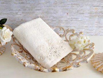 Ręcznik haftowany, 70x140 cm