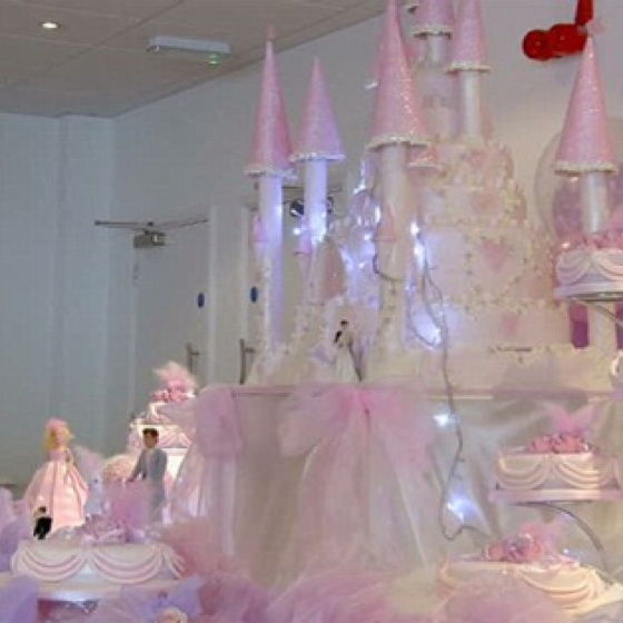 A big fat Gypsy wedding cake