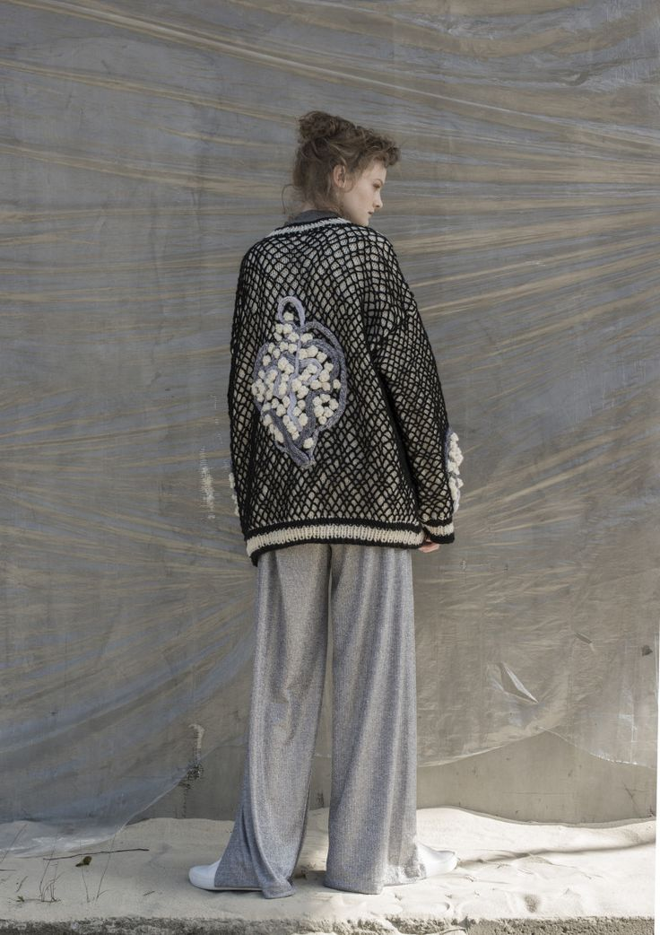 Anna Dudzińska, NATURAL THING, aw2016, sweater GRENDE. To download high or low resolution product images view Mondrianista.com (editorial use only).
