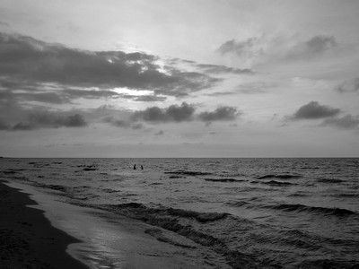 Evening sea bath B&W