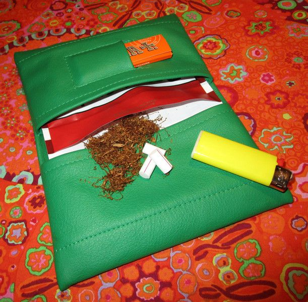 Tabakbeutel - Tabakbeutel Leder, unsichtbarer Magnetverschluss - ein Designerstück von Sternenstube bei DaWanda