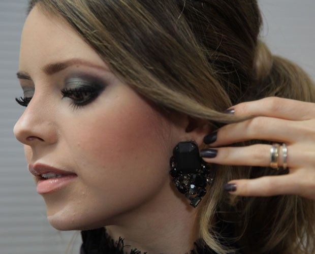 Sandy faz a própria maquiagem desde os oito anos ♥