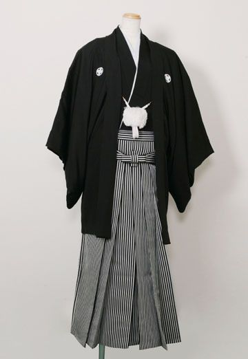 "Kimono : ""Haori Hakama"", Formal wear for men 紋付羽織袴"