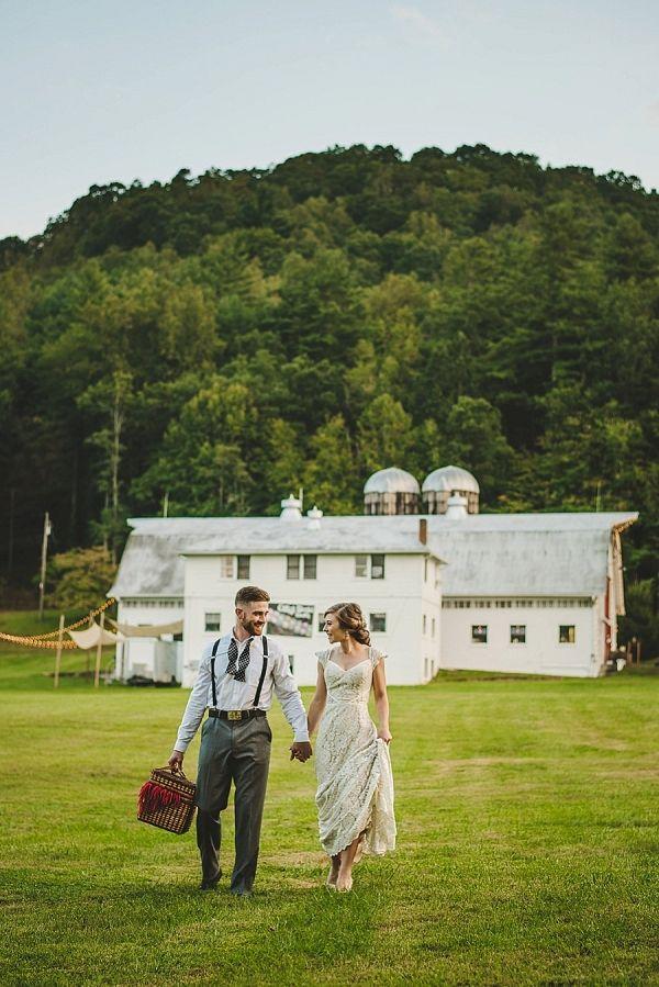 Romantic newlywed picnic on Mountainside Bride