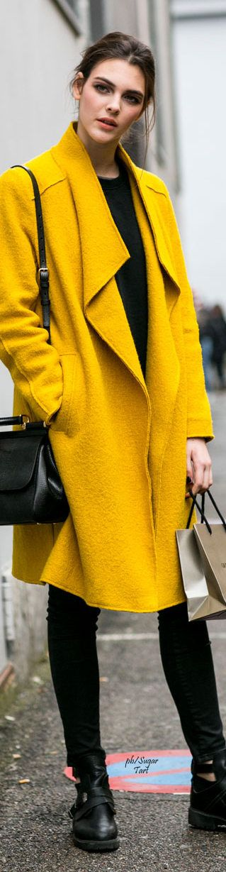 Milano • Street CHIC • ❤️ Babz ✿ιиѕριяαтισи❀ #abbigliamento