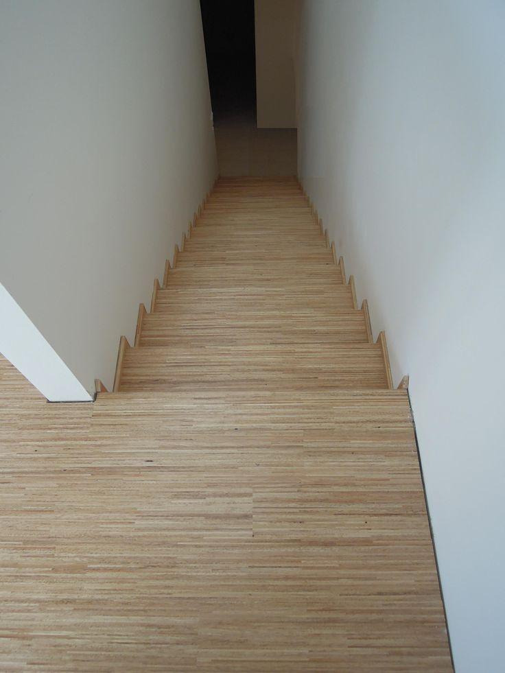 Interiérové studio Heth / fotky z našich realizací /  obložení schodiště dřevěnou podlahou Hevea