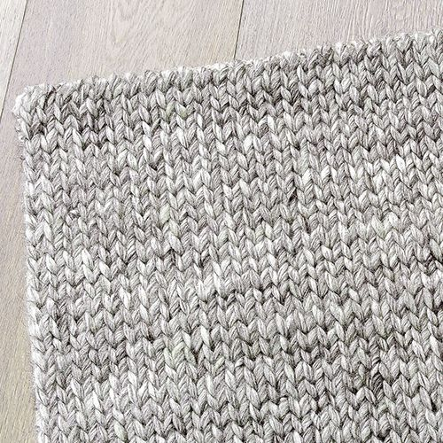 Armadillo and Co. Sierra weave rug in pumice 2 x 3. Retail $1,565 now $1,252