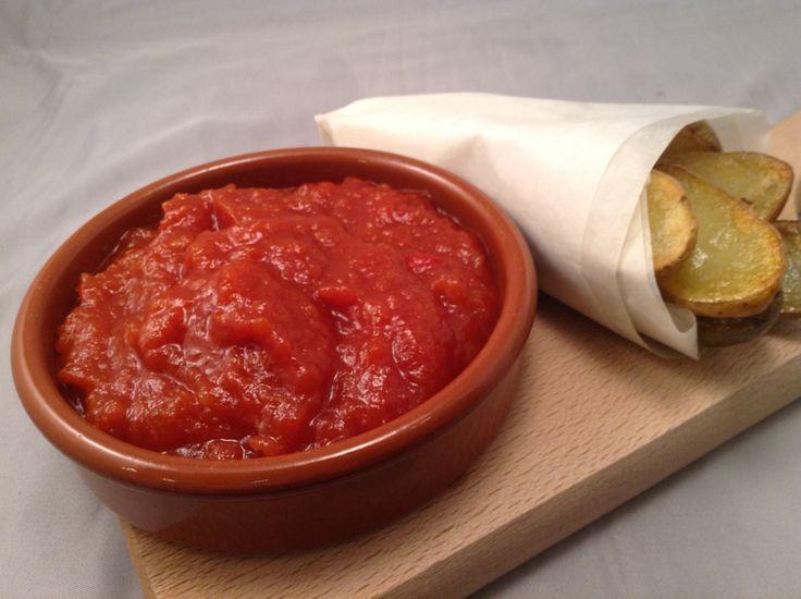 Ketchupen har asiatiske aner, og det var på tidlig 1800-tallet at tomatketchupen først så dagens ...