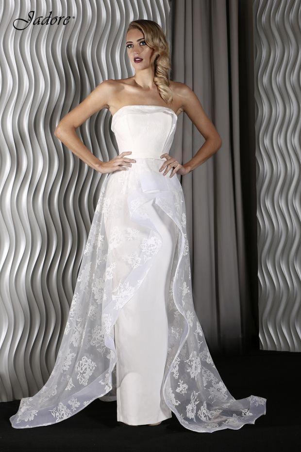 DB9030 - Brides Selection