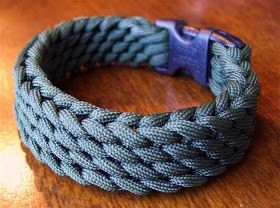 Stormdrane's Blog: Slatt's Rescue Belt as a paracord bracelet