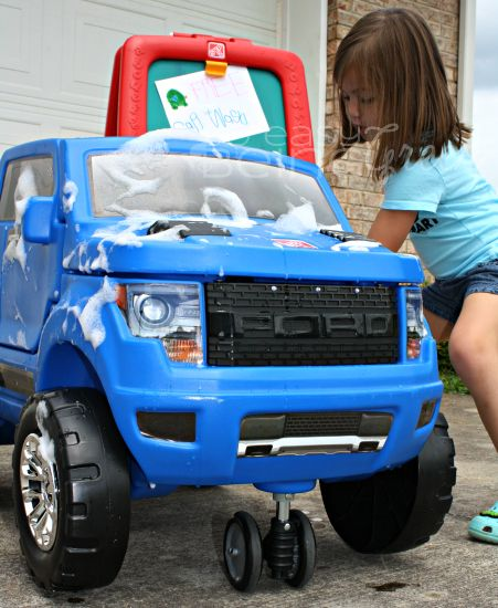 The 25 best diy car wash ideas on pinterest make a diy car wash to keep the kids cool having solutioingenieria Image collections