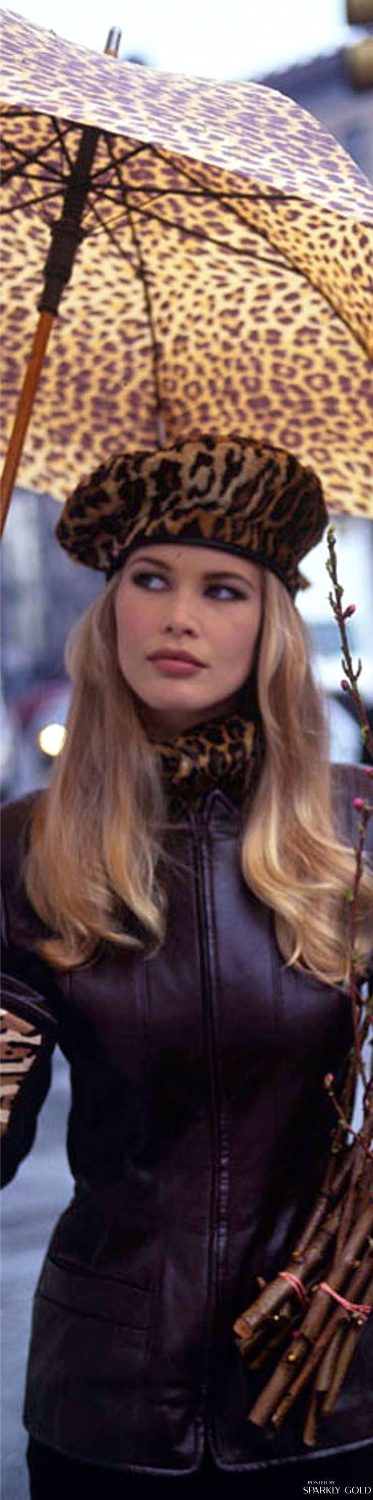 Claudia Schiffer ♕BOUTIQUE CHIC♕