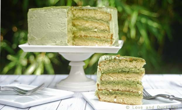 making this spring green tea cake with layers of honey sponge was such an event in this household.