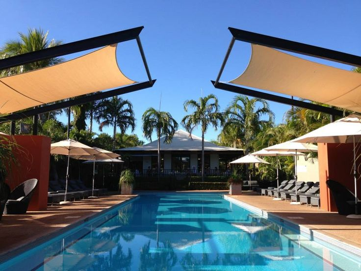 Cane-line has been active in the contract market for many years and has supplied exterior furniture for numerous hotels, restaurants, cruise ships and other public places around the world.  http://www.cane-line.com/contract-furniture