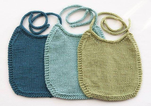 Ravelry: I-Love-Stockinette Baby Bib pattern by Laura Treadway.