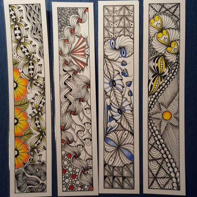 "483 Likes, 12 Comments - Zentangle Art (@sanduhr1966) on Instagram: ""Bookmarks for the christmas market   #zentangle #zen #zia #zentangleart #inspiration #drawing…"""