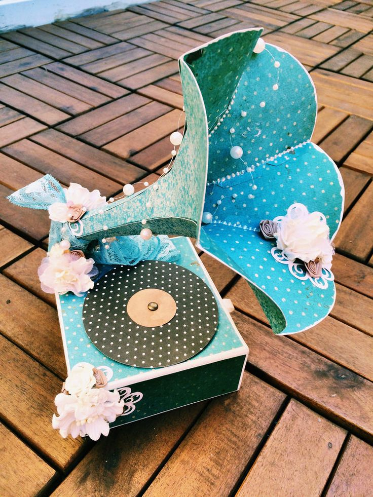 Phonograph gift card holder