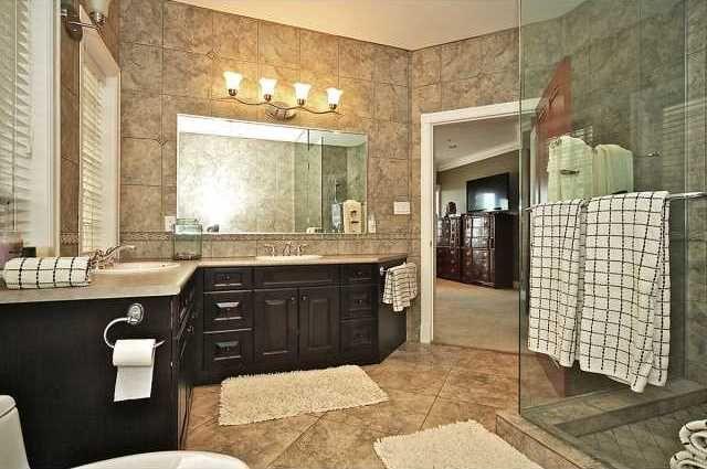 15480 VICTORIA AVENUE, SURREY, BC V4B 1H5 (F1324555) 3 beds, 4 baths, 3792 sqft, $1,778,000 Contact Erik Hopkins, Macdonald Realty at 778-919-1298 or 1-855-604-REALTOR (7325) www.homesontheweb.ca