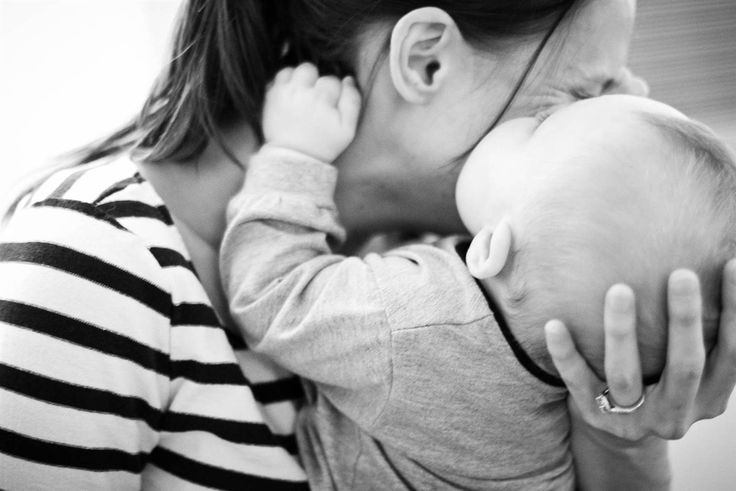 10 things I wish I knew aboout raising a boy   Boys love mom