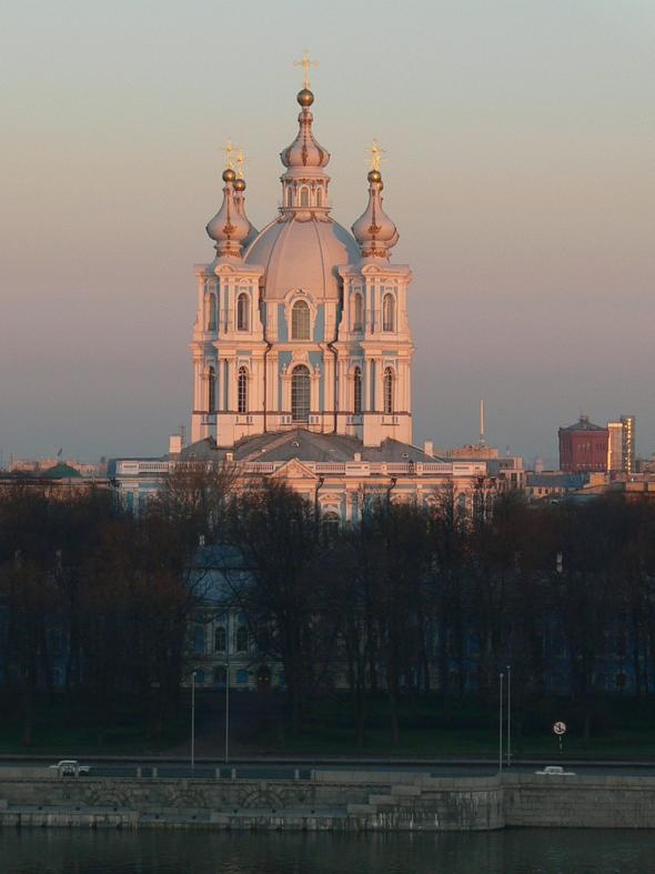 Saint Petersburg, Russia. This is Smolny Cathedral. I went to school here :): Beautiful Destinationsand, Asia Travel, Beautiful Earth, Beautiful Places, Travel And Places, Smolni Cathedrals, Saint Petersburg, Russia Travel, Saintpetersburg Russia