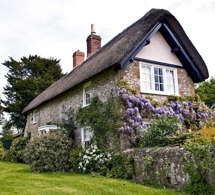 Whisteria cottage