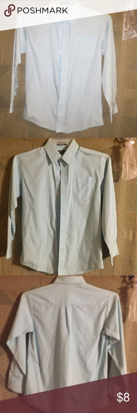 Boy 14 Dockers butting up long sleeved blue shirt Light blue button up,long sleeved shirt from Dockers. Boys size 14 good condition, my son has just outgrown it Dockers Shirts & Tops Button Down Shirts