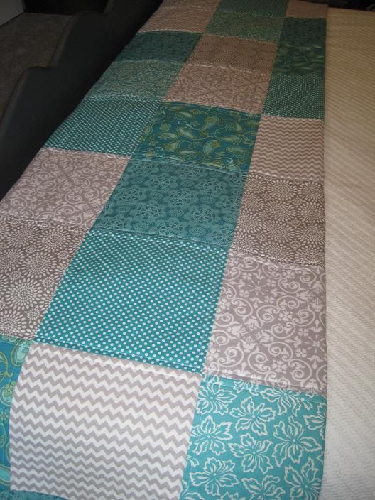 Modern Americanna Patchwork Quilt in GRAY & TEAL Blue ...