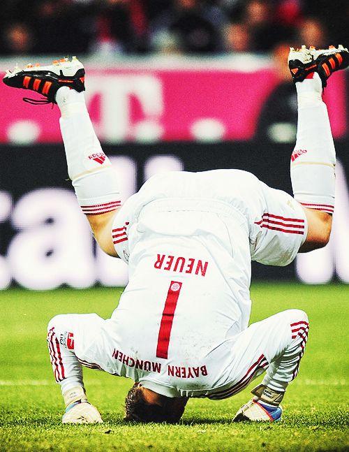 Manuel Neuer. The world's best goalkeeper, everyone.