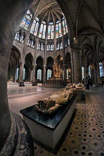 The Basilica of St Denis - Necropolis of the French monarchs. 42 kings, 32 queens, 63 princes and princesses and 10 great men of the realm are buried here.